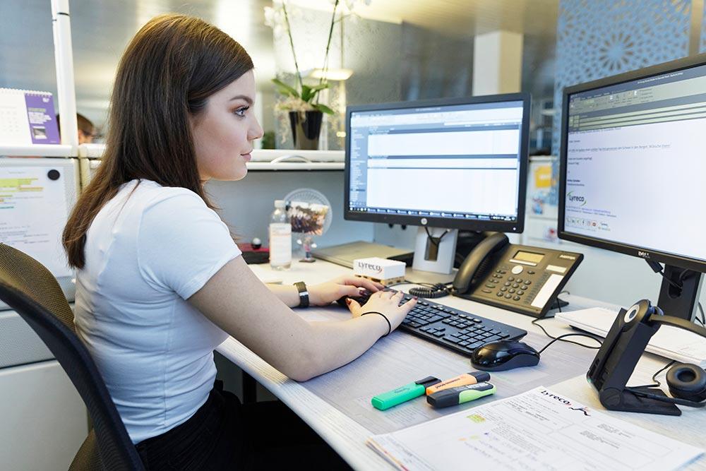 Datenbanken und Informationssysteme nutzen