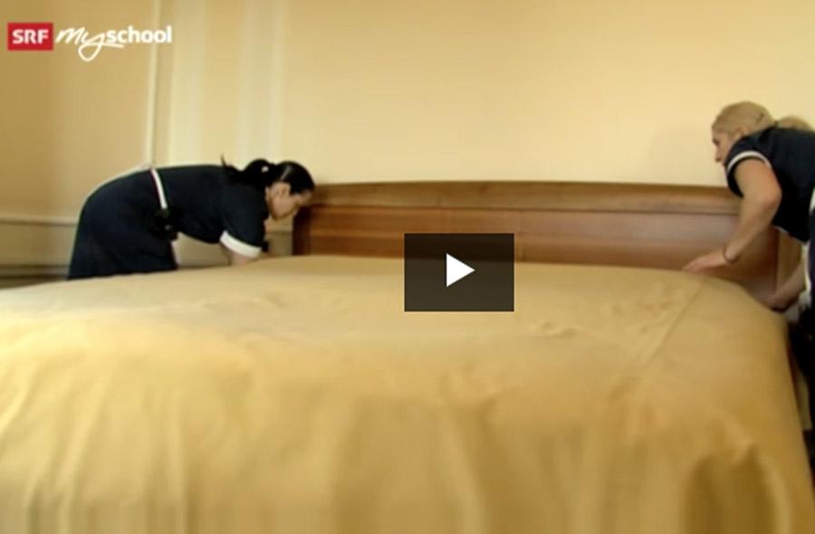 Hotelfachmann/-fachfrau EFZ – Film mit Porträt einer Lernenden