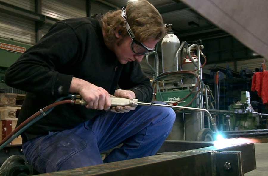 Metallbauer/in EFZ (Metallbau) – Film mit Porträt eines Berufstätigen