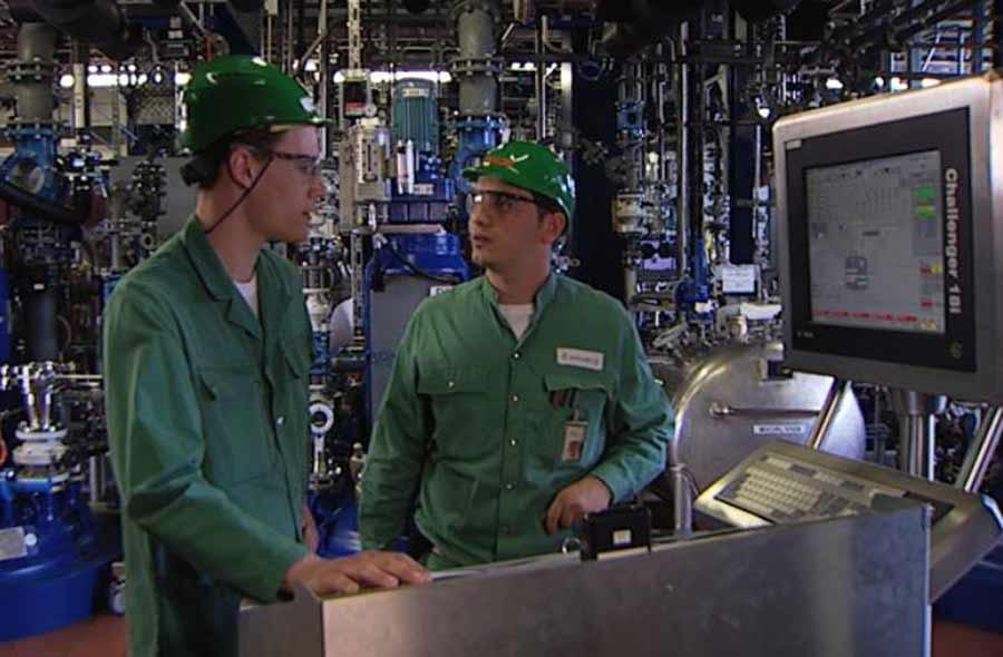 Chemie- und Pharmatechnologe/-login EFZ – Film mit Porträts von Berufstätigen