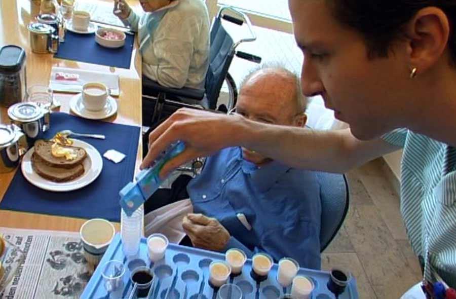 Pflegefachmann/-fachfrau HF Langzeitpflege – Film mit Porträt eines Berufstätigen