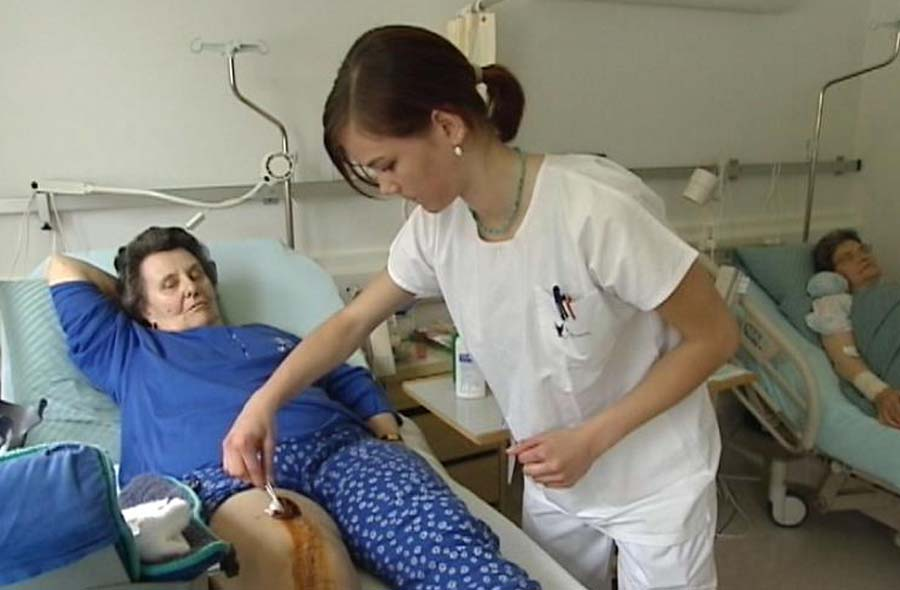 Fachmann/-frau Gesundheit EFZ (FaGe) - EinBlick auf...