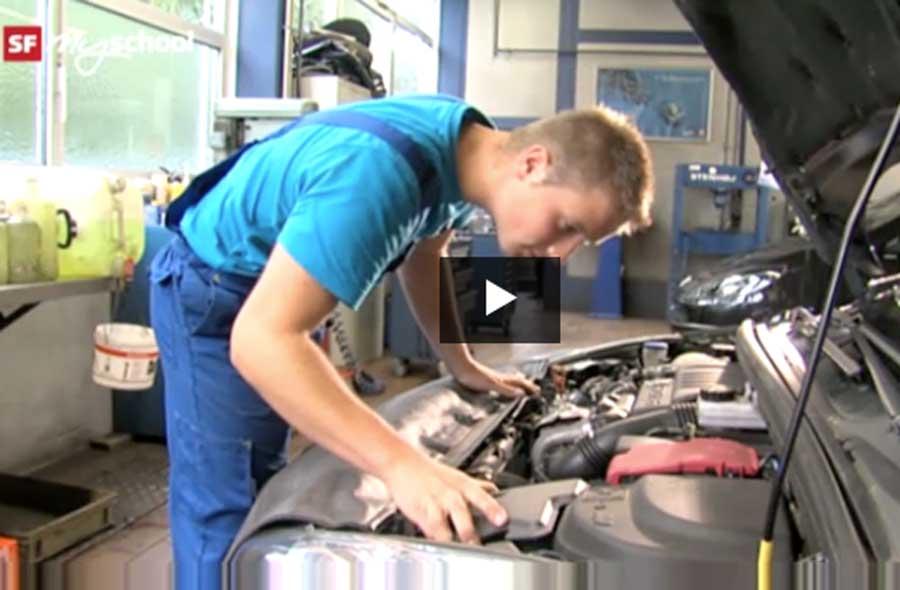 Automobil-Mechatroniker/in EFZ