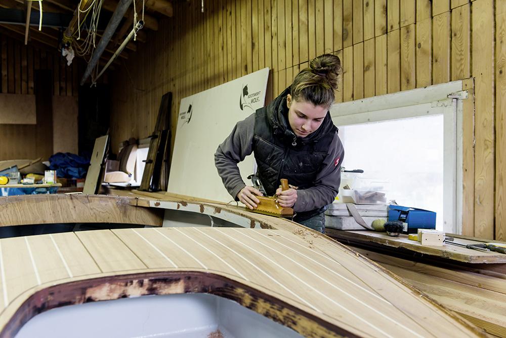 Bootbau mit Holz