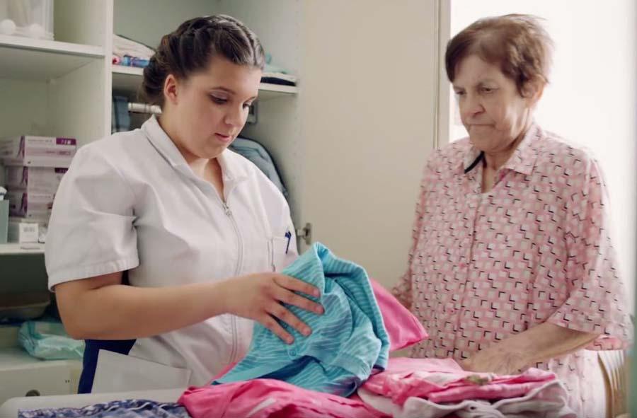 Assistent/in Gesundheit und Soziales EBA – Film mit Porträt einer Lernenden