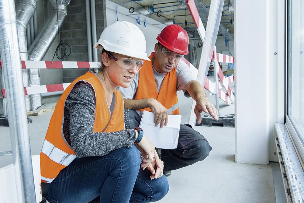 Montage auf der Baustelle überwachen