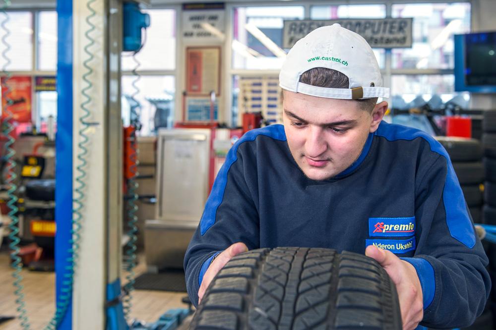 Reifen untersuchen