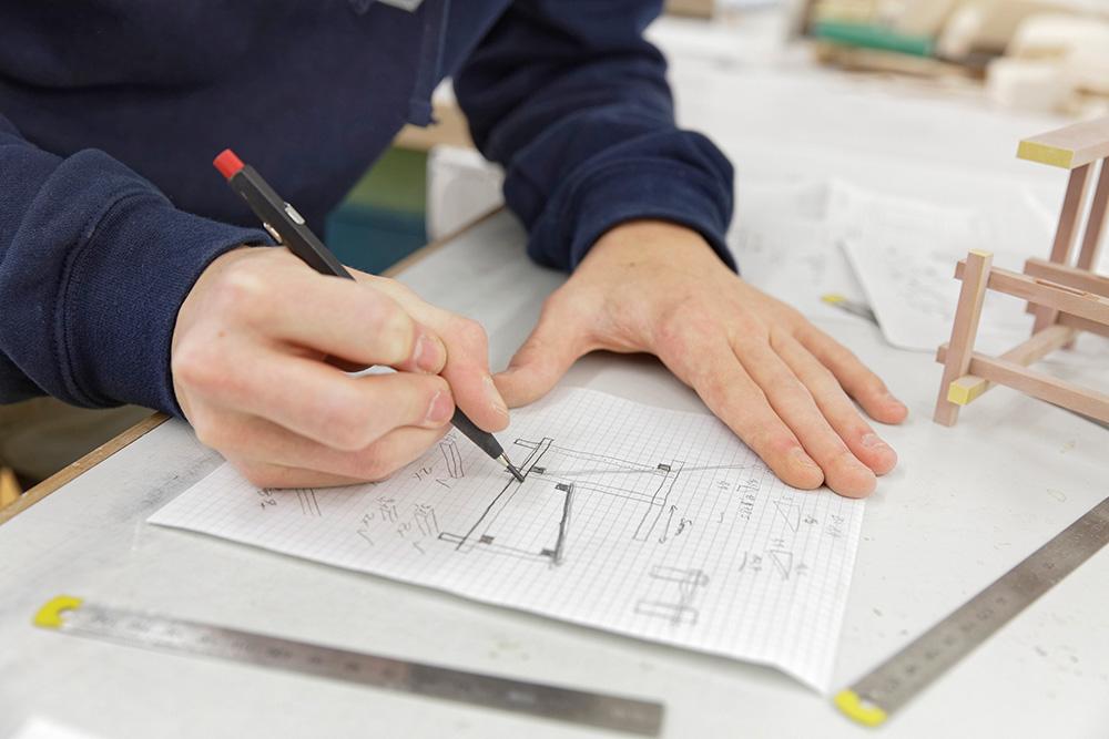 Skizzen und Zeichnungen anfertigen