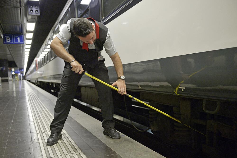 Züge prüfen und freigeben