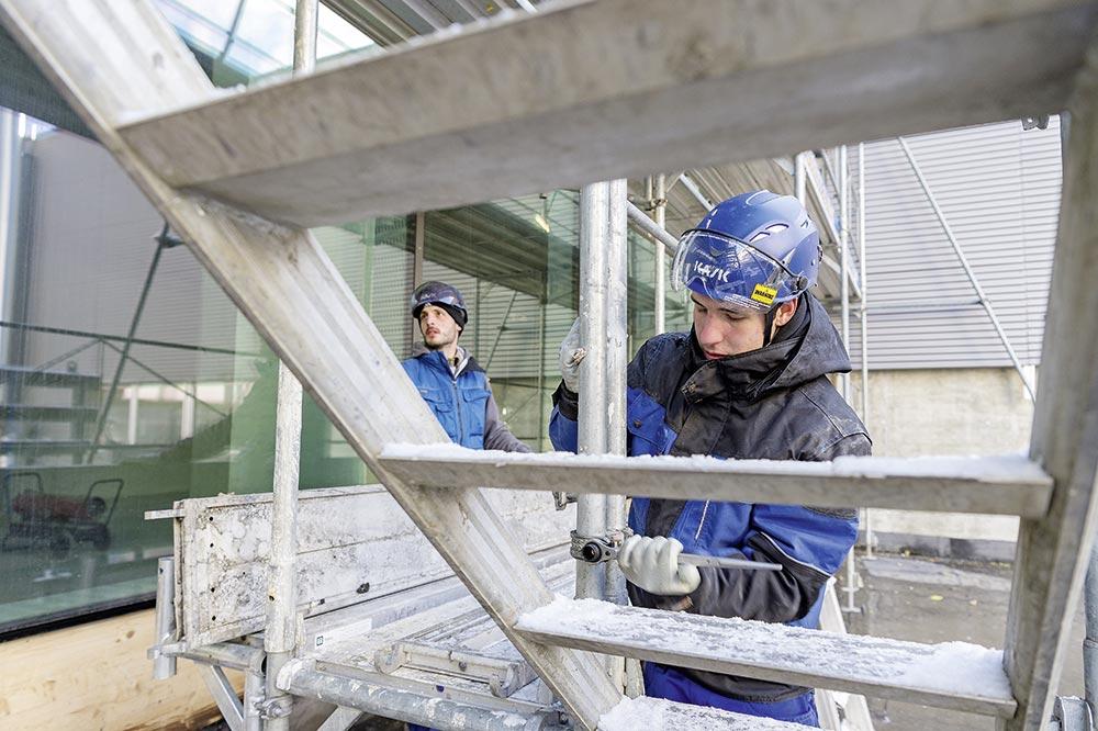 Fassadengerüste installieren