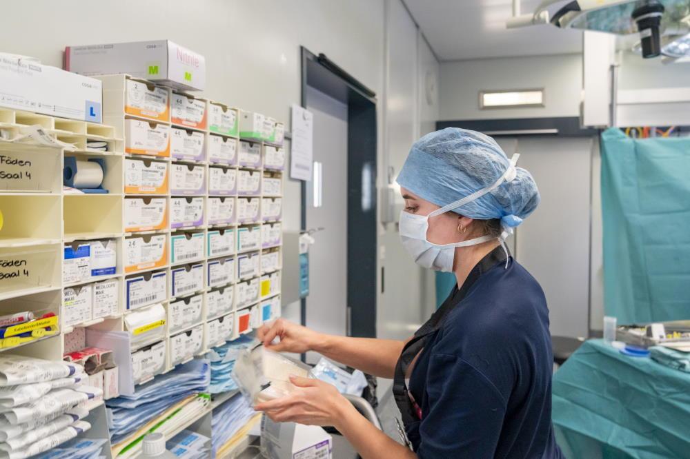 Den Operationssal vorbereiten