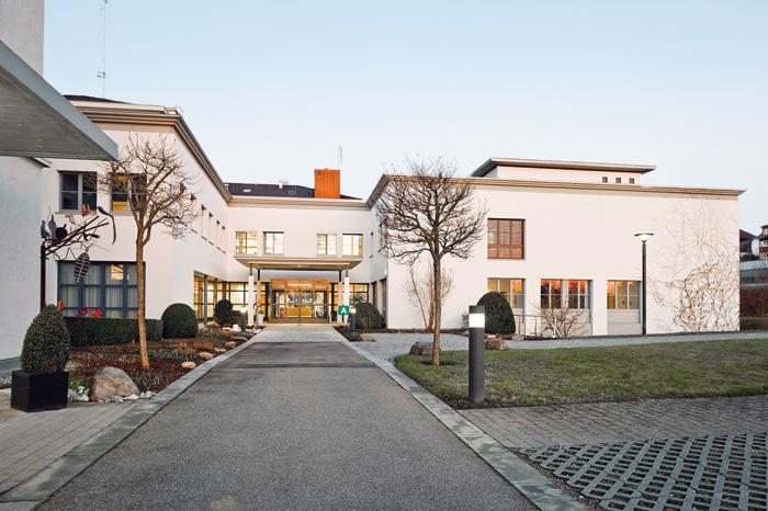 L'Hôpital cantonal de Saint-Gall considère le principe du lieu d'apprentissage comme modèle durable pour l'encouragement de la relève.