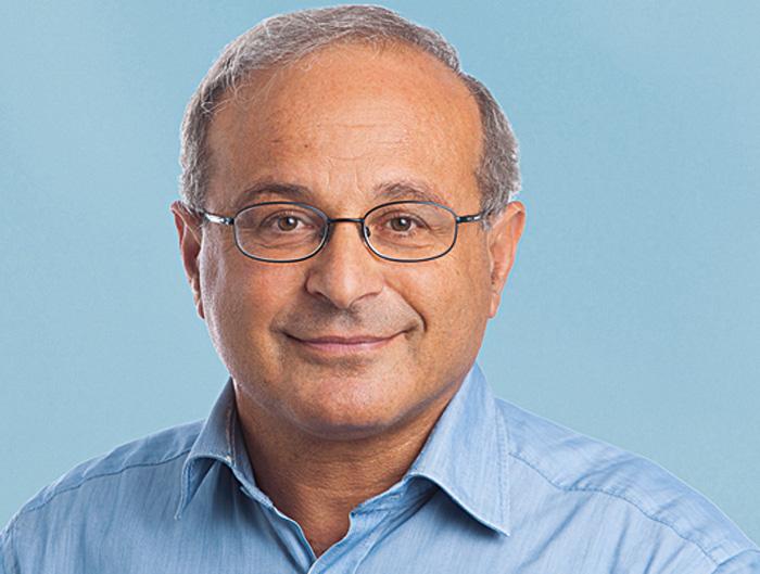 Nick Manouk, Rédacteur en chef