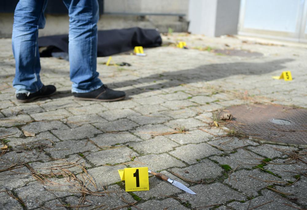 Morts suspectes, suicide, meurtres