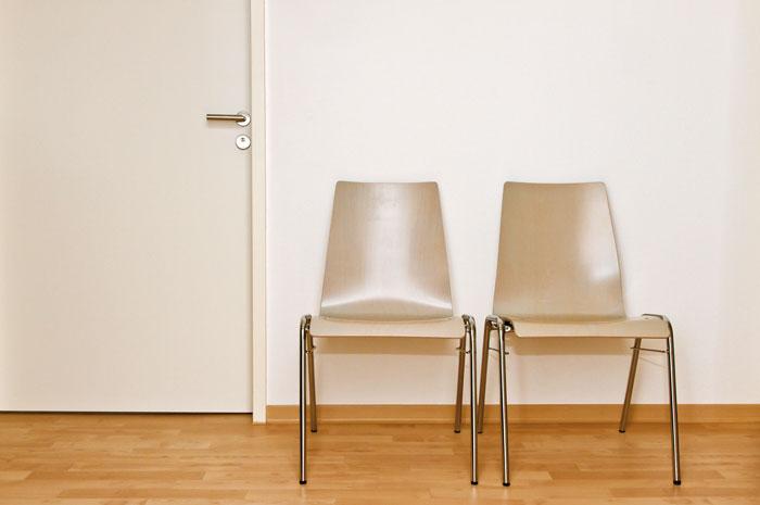 Les conseillers ont de la peine à laisser leur porte ouverte aux évaluateurs externes ou même à leurs supérieurs. (Photo: Fotolia/Jürgen Fächle)