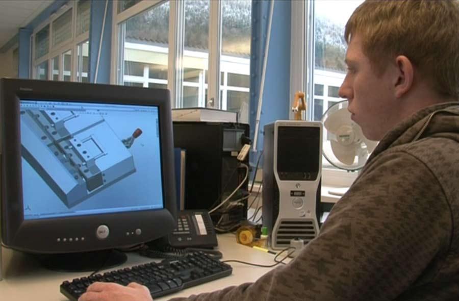 Dessinateur-constructeur industriel / Dessinatrice-constructrice industrielle CFC - Aperçu