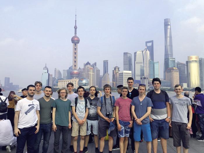 Apprentis informaticiens en visite à Shanghai dans le cadre des semaines de projet TIC. (Photo: MBA Zurich)