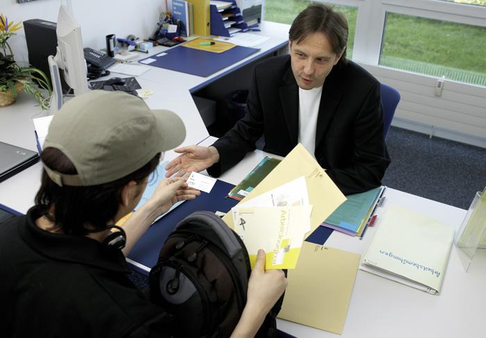 Le conseil dans le cadre du chômage ne se résume pas seulement à la transmission d'informations ou au coaching. (Photo: SECO)