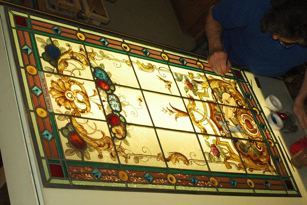 Restaurer d'anciens vitraux