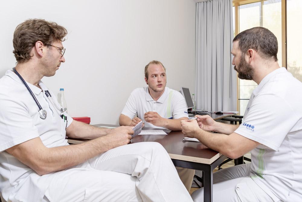 Échanger avec d'autres professionnels de la santé