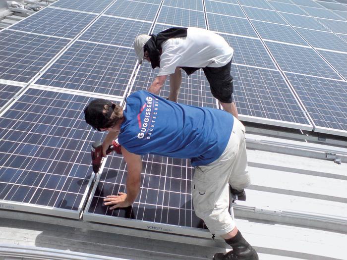 La Suisse a intérêt à miser sur l'énergie solaire, plutôt que sur le pétrole ou le gaz.
