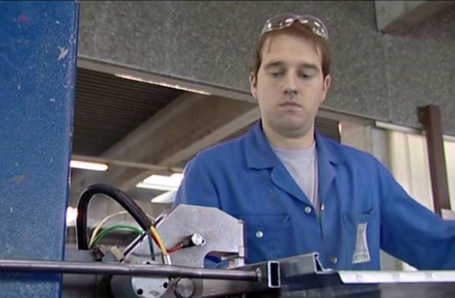 Costruttore/trice d'impianti di ventilazione AFC