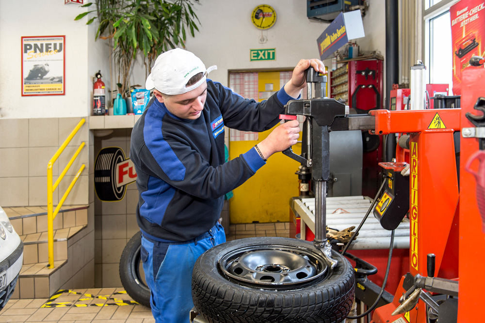Cambiare gli pneumatici