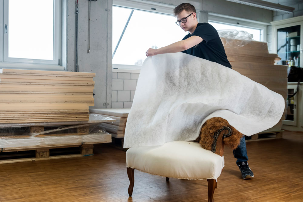 Restauro di mobili e locali